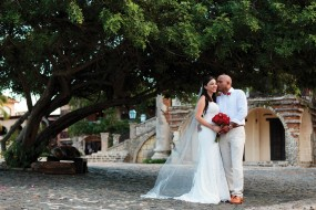 Lola & Taron Wedding Album - Image 12